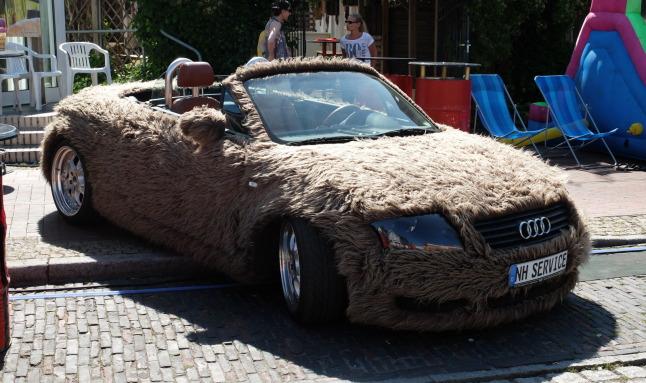 Flauschiges Auto