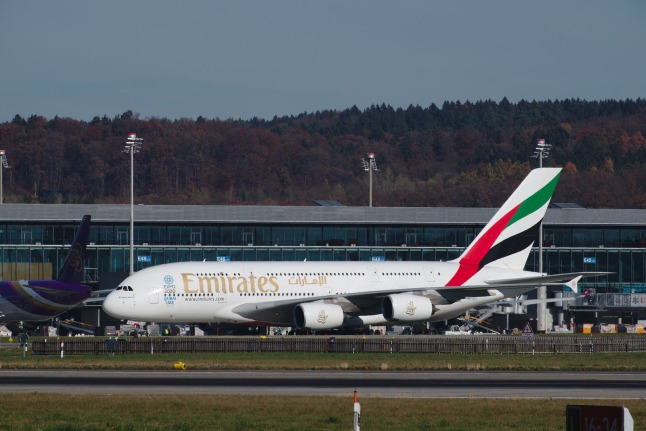 Emirates A380-800 (A6-EEY)