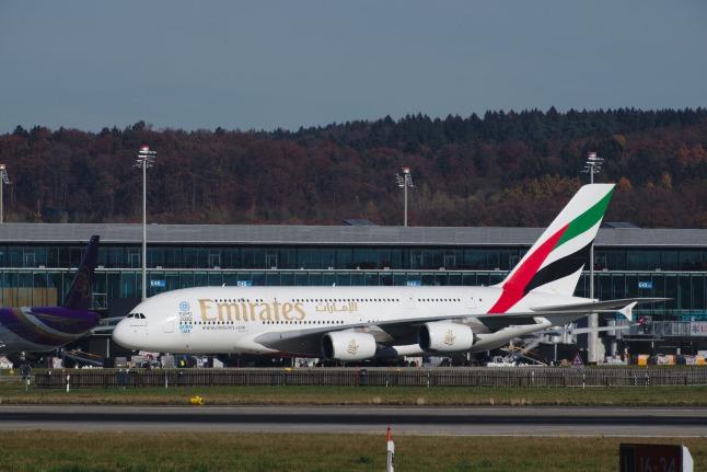 Emirates A380-800 (A6-EEY)