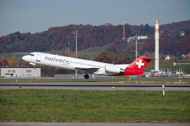 Helvetiv Fokker 100 (HB-JVH)