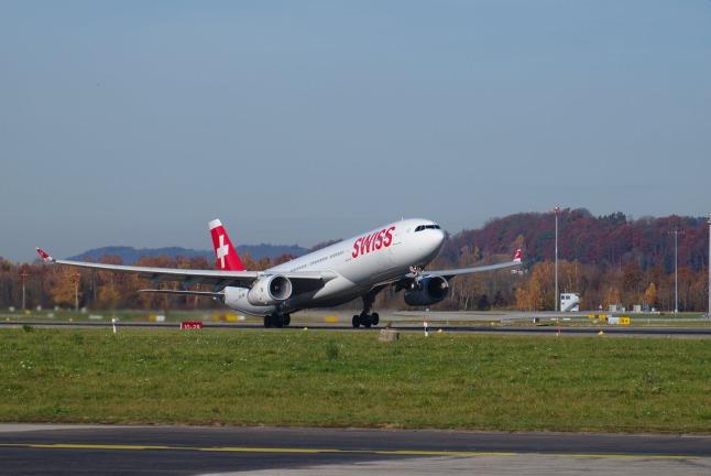 SWISS A330-300 (HB-JHM)