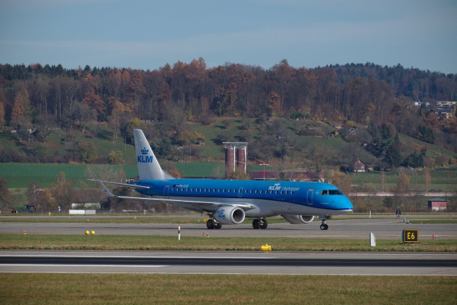 KLM Cityhopper B787-900 (PH-EXO)