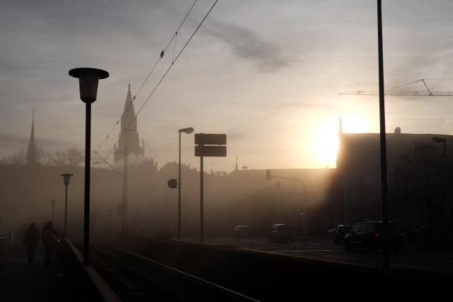 Stadtstimmung bei Nebel